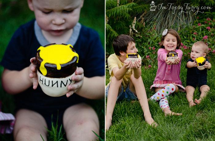 mini-hunny-honey-pot-carved-cakes