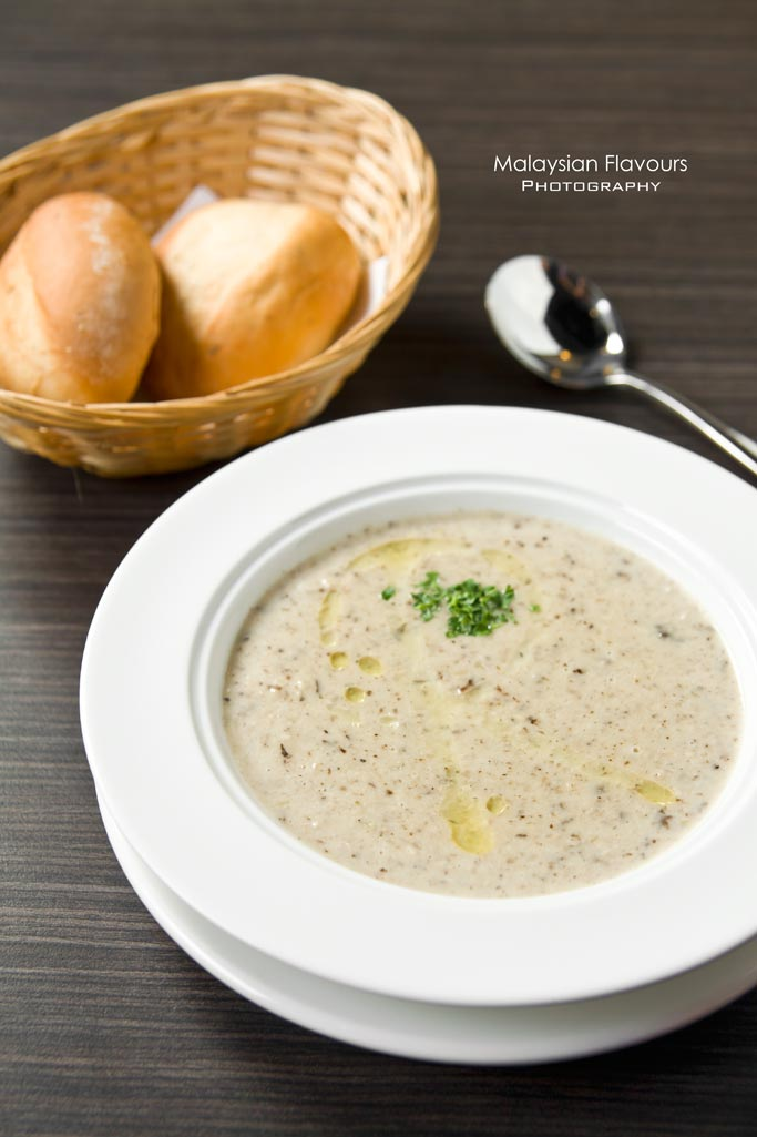 mushroom-soup-ritchie's-cafe-grill