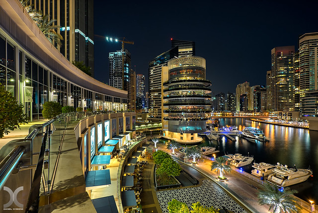 Dubai Marina Mall - First test with Fujinon 10-24mm