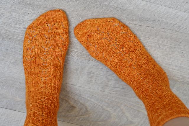 Fox Faces Socks in orange