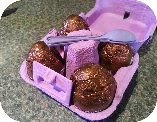 Cadbury's Egg n Spoon Chocolate