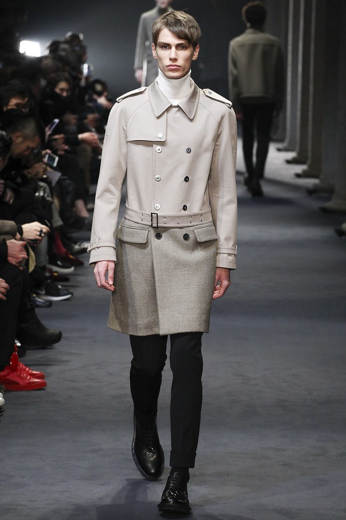 FW15 Milan Neil Barrett027_Marc Schulze(VOGUE)