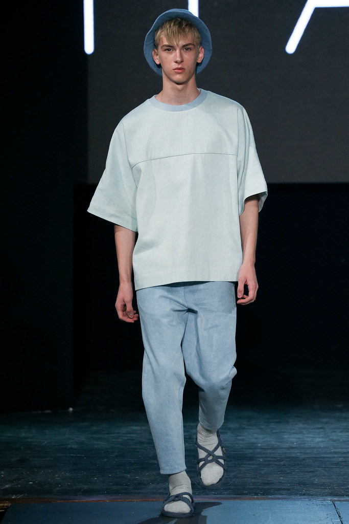 Dominik Sadoch3182_SS15 New York VFiles(TFS)