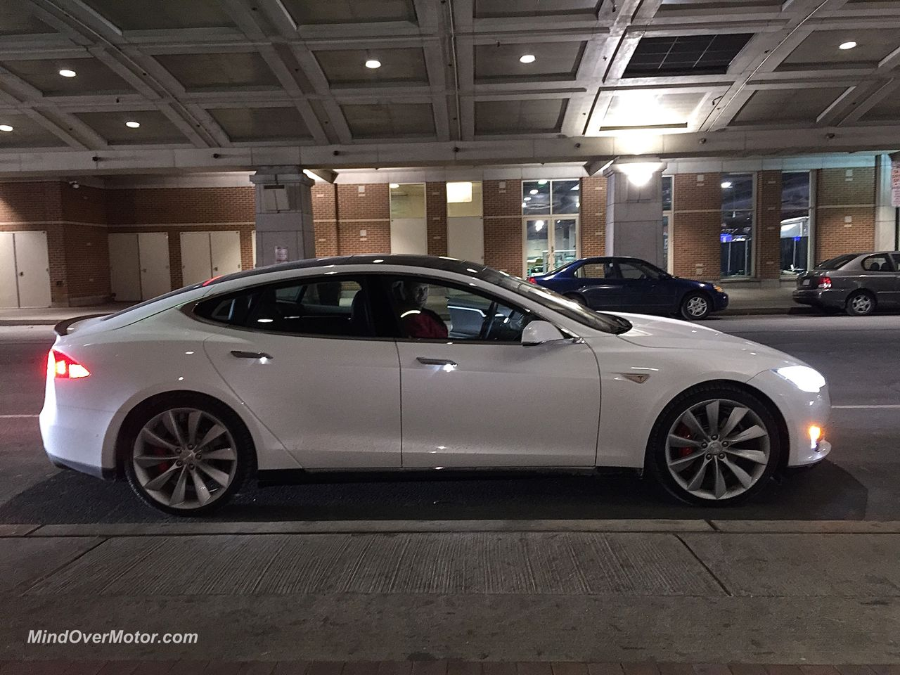 Tesla Model S P85D Side View