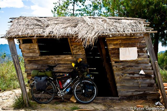Leaning hut
