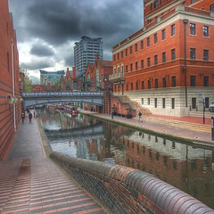 Canal in Birmingham #366photos #udigcap