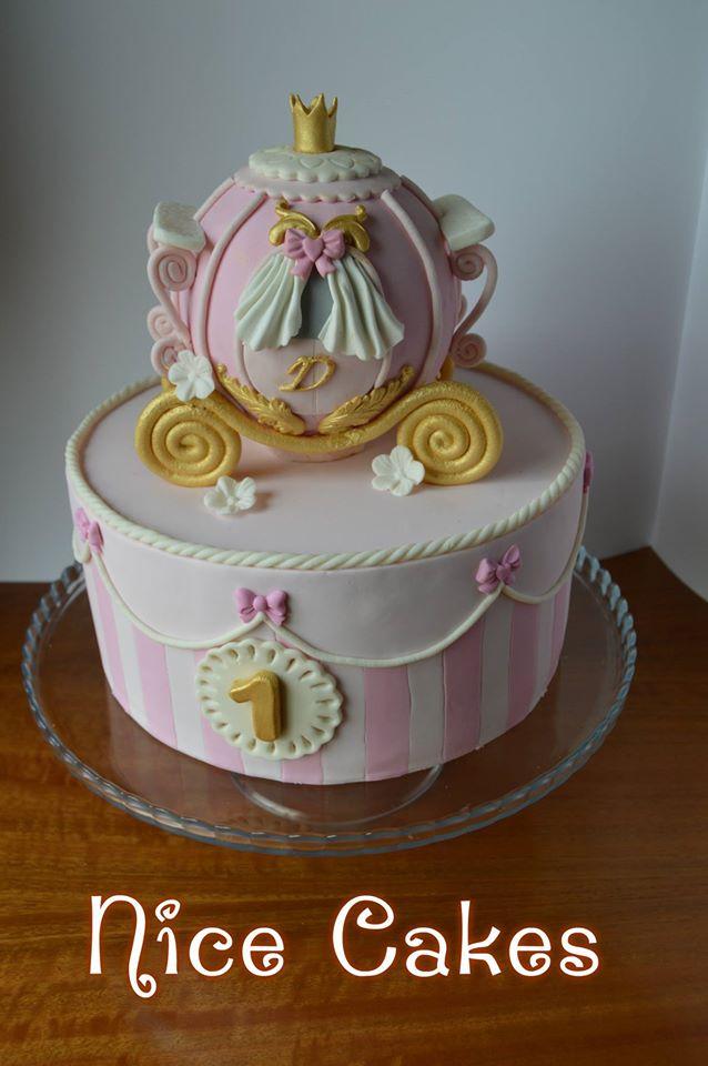 Cinderella Carriage Cake By Paula Rebelo