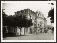 Edifício da Direcção dos Serviços dos CTT em Luanda (antiga Secretaria das Comunicações)