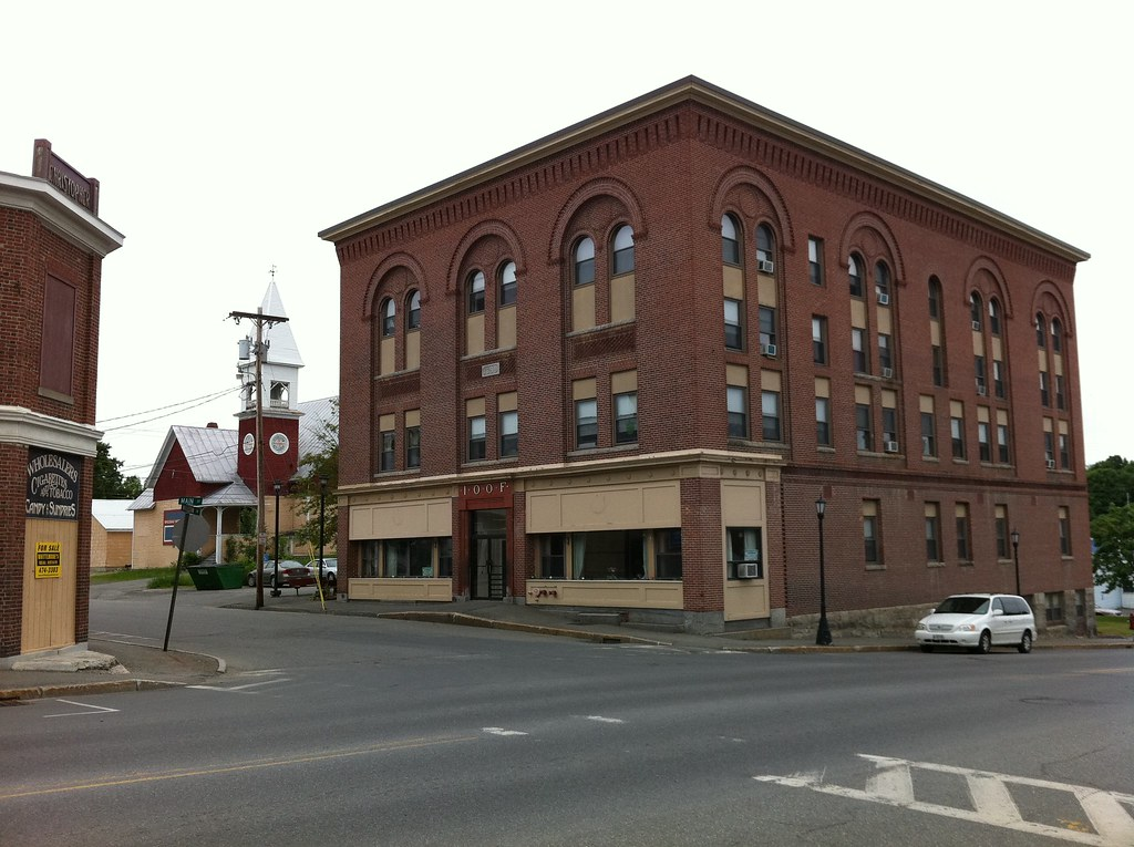Hotels Near Madison Maine