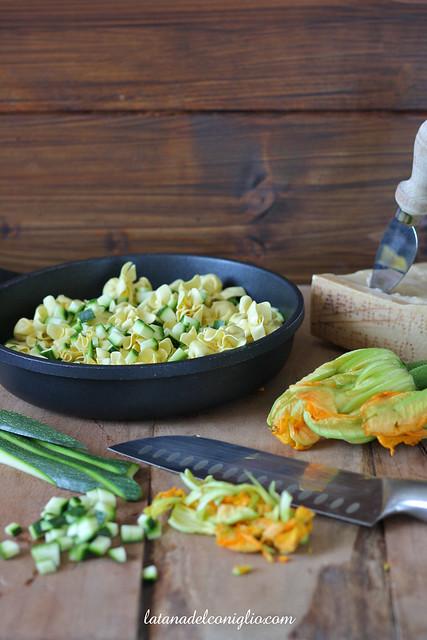 Perline al PR con zucchine e fiori 2 written