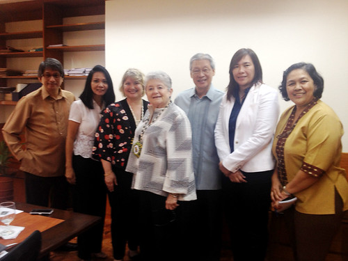 <p>UH President M.R.C. Greenwood and UH Manoa College of Social Sciences Dean Denise Konan meet with the Philippine's climate change secretary Babet Guzon and staff.  The discussion was about climate change, sea rise, their efforts at disaster risk, reduction and resilience and the upcoming 2015 APEC meeting.</p>