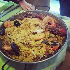 breakfast(0.0), meal(1.0), paella(1.0), food(1.0), dish(1.0), kabsa(1.0), cuisine(1.0),