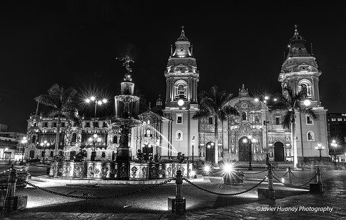 light bw peru nikon cathedral lima d800