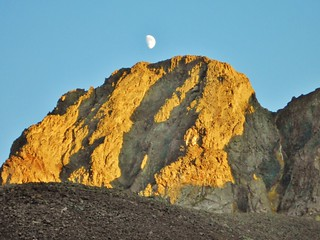 Alpenglow and Moon Rising on American Peak