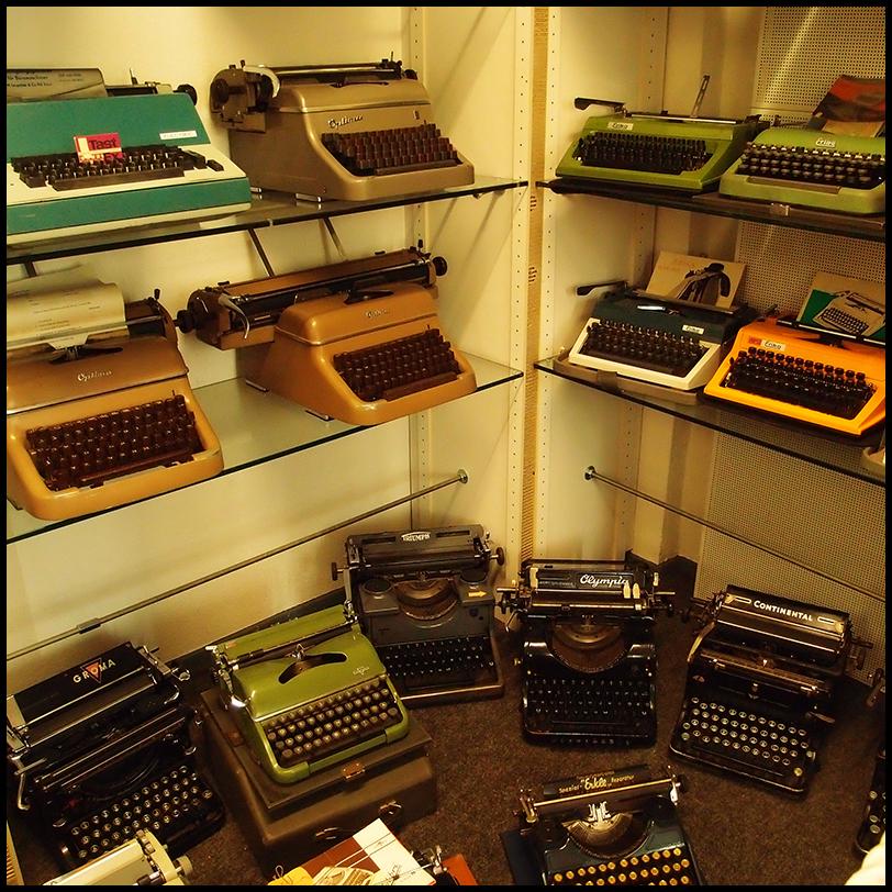 typewriters sm