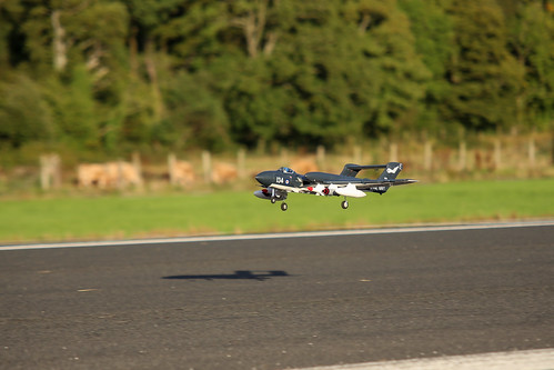 Phil flying his Sea Vixen