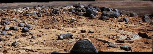 Curiosity sol 395 detail MastCam right