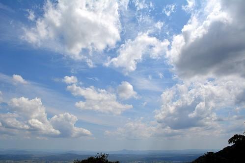 sky clouds cloudscape landscape tamborinemountain sequeensland queensland cloudy day australia australianweather australianlandscape bluesky countryside mounttamborine