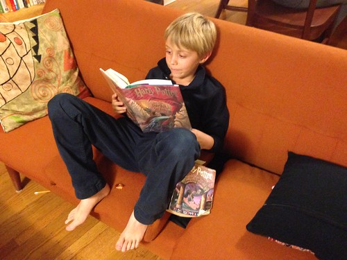 JH, reading Harry Potter and the Chamber of Secrets
