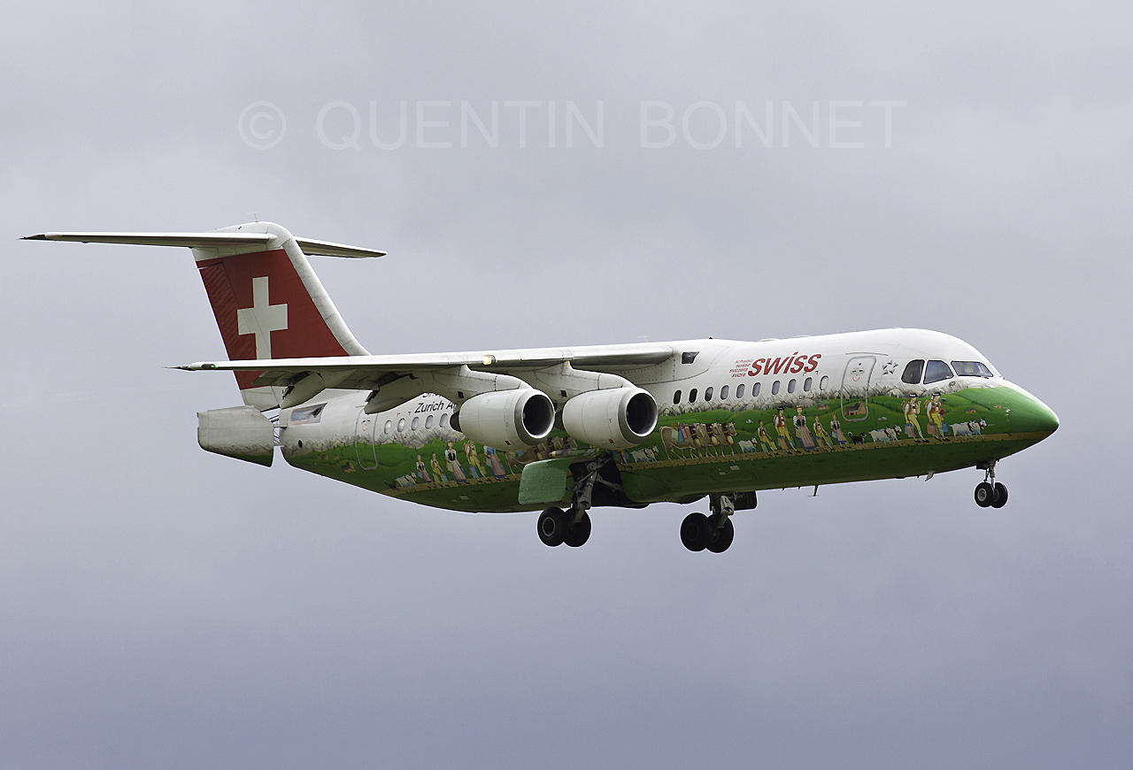 SwissBritish Aerospace Avro RJ100 HB-IYS