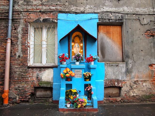 Mary shrine, Warsaw