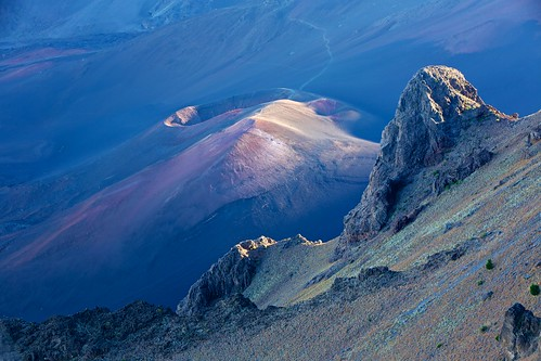 volcano hawaii nationalpark maui haleakala crater caldera summit cindercone haleakalanationalpark mthaleakala mounthaleakala