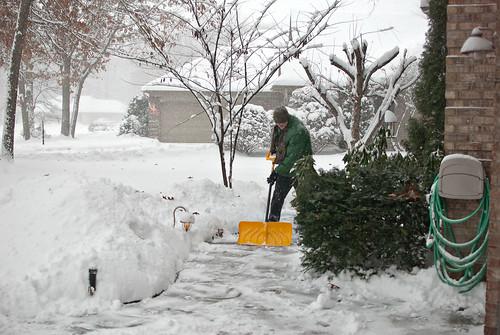 010514-snow-dwight