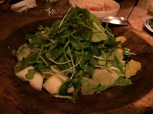 洋梨とカクテルグレープフルーツを使った季節のサラダ@オルガン