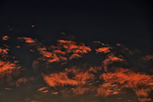 Clouds at sunset... by lujaban