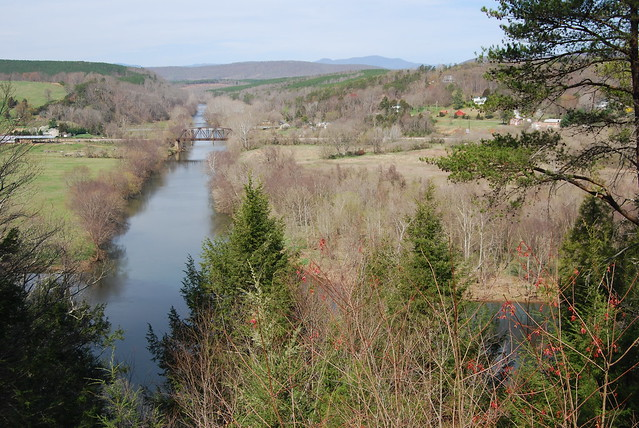 Tye River Overlook is the reward at James River State Park