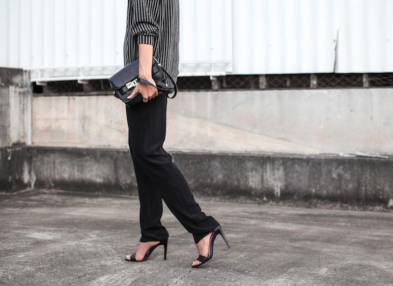 modern legacy fashion blog australia minimalist monochrome street style Topshop Boutique sweatshirt Saba silk straight leg pants Tibi heels Proenza Schouler PS11 Mini Satchel bag Ray Ban oversized wayfarers (5 of 5)