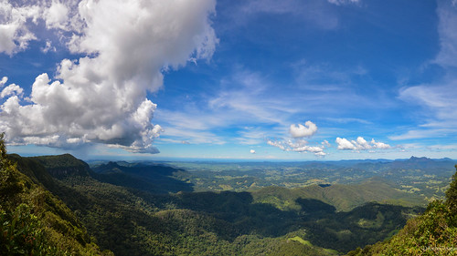 park panorama mountain clouds gold bay coast view australia national queensland byron springbrook