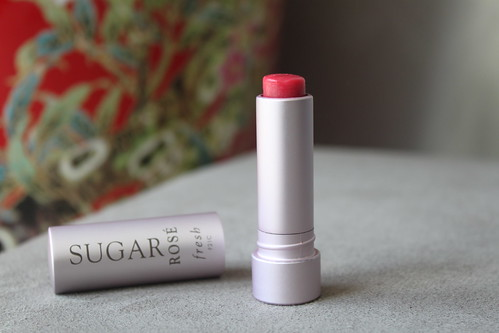 fresh sugar rose lip treatment spf 15 australian beauty review blog blogger ausbeautyreview aussie sephora lips balm gloss tint red pink pretty cosmetics makeup beautiful soft hydrated sheer berry natural swatch