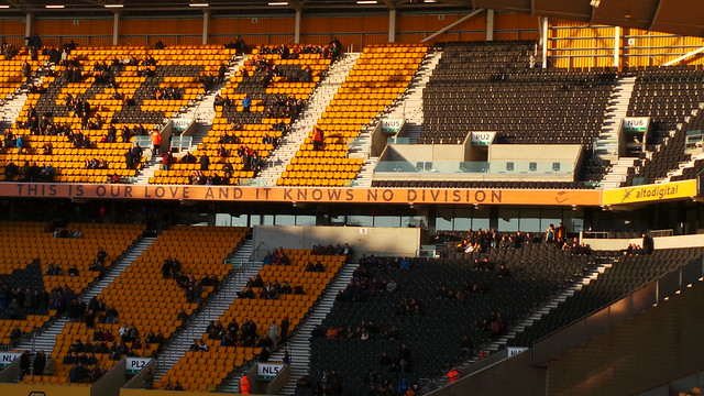 Wolverhampton Wanderers - Dec 2014 - The Molineux Motto