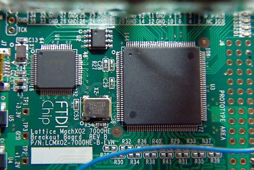 MachXO2 Eval Board - XTAL