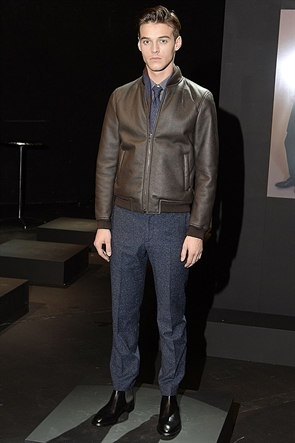 Robbie Wadge3695_FW15 London Aquascutum(londonfashionweek.co.uk)