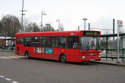 Metrobus-London General 219 on Route 130, Addington Village