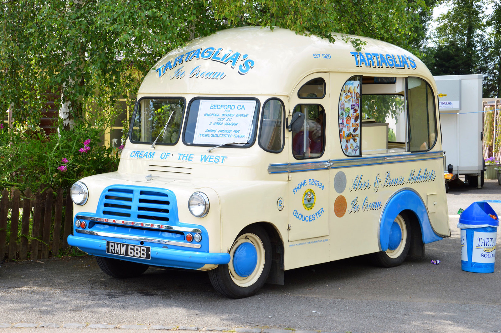 Old fashioned Ice Cream Van. Credit Jim Gloucestershire & Warwickshire Railway