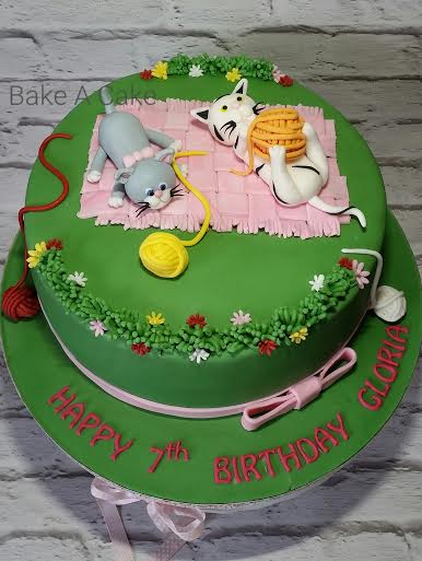 Lovely Kittens Cake by Magdalena Ruth of Bake A Cake