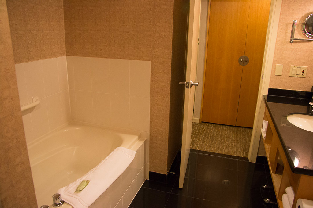 Bathroom at Westin Grand Vancouver | Hotel Review