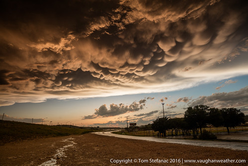 storm weather sonora us texas unitedstates thunderstorm severe severeweather mammatus supercell severestorm stormchaser stormchase mammatuscloud