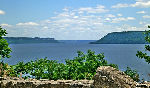 along lake pepin from Wisconsin highway 35-9