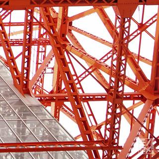 東京タワーあおり2_周辺部_24mmF28_GM