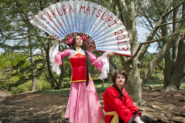 Visitors at Sakura Matsuri. Photo by Mike Ratliff.