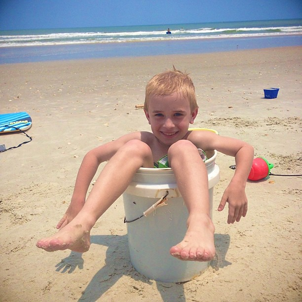 Fun day at the beach! #nsb #pictapgo_app #beachkids #funinthesun