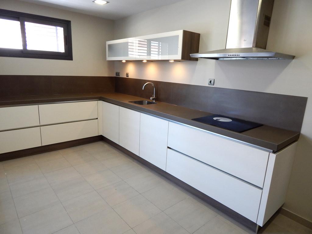 Muebles de cocina modelo hit con gola for Modelos de muebles