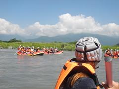 奇美族人投入泛舟公司經營,讓民眾多一種選擇。
