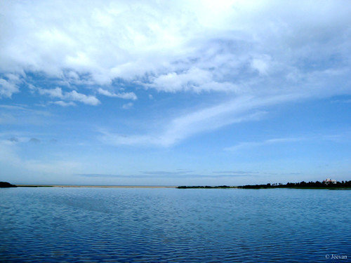 Muttukadu lake (facing the mouth)