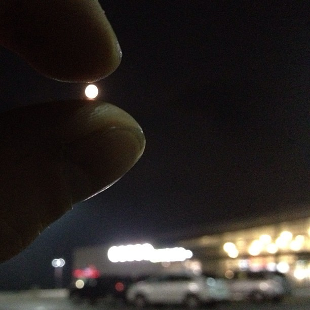 Holding the super moon between my fingers , Odessa Ontario