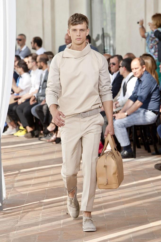 SS14 Milan Corneliani029_Benjamin Eidem(fashionising.com)